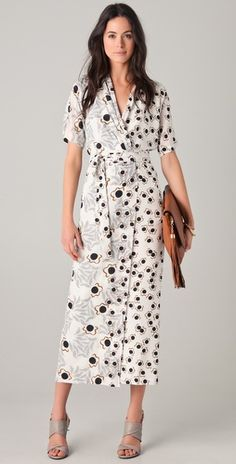 i love DVF's style