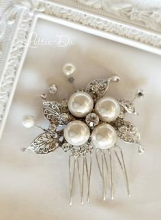 1920s Vintage Pearl Wedding Hair Comb Gatsby by LottieDaDesigns, $48.00
