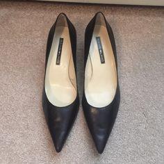 Bandolino high heel dress shoe Black high heel dress shoe. Size 8 1/2M. Barely worn in great condition. Bandolino Shoes Heels