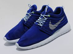 nike roshe run dynamic flywire blue volt 1 Nike Roshe Run Dynamic Flywire  Hyper Blue Available 21c40b9e4