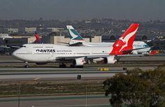 "https://flic.kr/p/aPwZ4K | Qantas Airlines, Boeing 747-400 | Boeing 747-400 Qantas Airlines  ""Long Reach"" LAX Dec. 2, 2011"