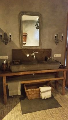 Barn Bathroom, Bathroom Interior, Bathroom Ideas, Bathroom Toilets, Washroom, Chalet Design, Concrete Sink, Tadelakt, Plumbing Fixtures