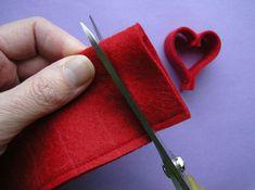 Cute easy felt hearts.   @Laura Butler @Aaron Noble @sar