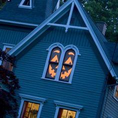 Ideen wie Sie Ihre Fenster mit Scherenschnitten für Halloween dekorieren können-7