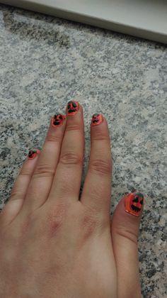 Halloween Pumpkin Inspired Nails