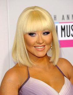 How To Get A Long Bob Hair Cut: Christina Aguilera 2012 AMAs - Hairstyle Photo Trend Looks