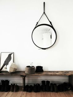 Round mirror in the entry / hallway and shoe bench Scandi Living, Home And Living, Decoration Hall, Noguchi Coffee Table, Room Deco, Estilo Interior, Sweet Home, Entry Hallway, Hallway Mirror