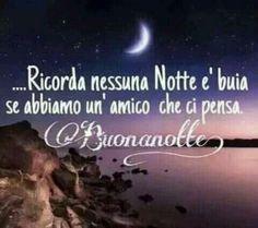 buonanotte amici bella frase Good Night Wishes, Day For Night, Good Mood, Facebook, Bella, Aga, Gandhi, Virgin Mary, Smiley