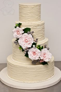 Featured Cake: Dream Day Cakes; Outstanding Wedding Cake Designs with Elaborate Fondant Flowers. http://www.modwedding.com/2014/02/16/40-outstanding-wedding-cake-designs/ #wedding #weddings #cakes