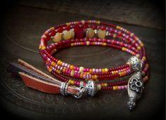 Jade Calcit würzig böhmische Memory Wire Wrap Tribal von YuccaBloom