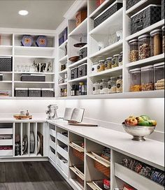 17 Awesome Pantry Shelving Ideas to Make Your Pantry More Organized To make the pantry more organized you need proper kitchen pantry shelving. There is a lot of pantry shelving ideas. Here we listed some to inspire you Kitchen Pantry Design, Kitchen Pantry Cabinets, New Kitchen, Kitchen Decor, Compact Kitchen, Rustic Kitchen, Kitchen Ideas, Red Cabinets, Space Kitchen