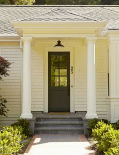charming entrance // black painted front door (front porch and side door inspiration)