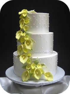 Elegant White Wedding Cake with Yellow Calla Lilies by Graceful Cake Creations, . Ivory Wedding Cake, Round Wedding Cakes, Elegant Wedding Cakes, Elegant Cakes, Wedding Cake Designs, Wedding White, Wedding Ideas, Gorgeous Cakes, Pretty Cakes