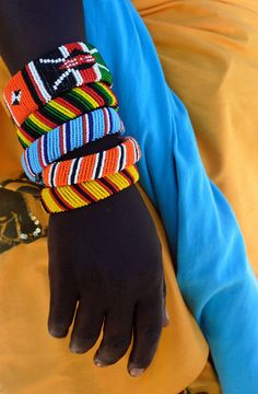 Tribal accessory - Masaai colours, photo by Keith Hern. African Beaded Bracelets, African Beads, African Jewelry, Tribal Jewelry, African Art, Tribal Bracelets, African Prints, African Style, Colorful Bracelets