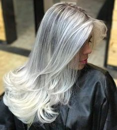 Pin by * * brian * * on ✄ hair stylist ✄ in 2019 окрашивание Grey Hair Don't Care, Long Gray Hair, Daniel Golz, Blonde Grise, Pelo Color Plata, Frosted Hair, Silver Haired Beauties, Silver White Hair, Gray Hair Highlights