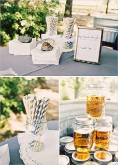 Decora tu boda en AZUL NOCHE Y AMARILLO