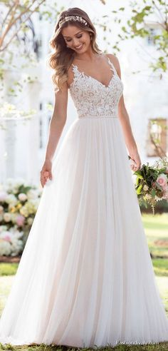 LOVE! Wedding Dresses 2018 #Wedding #Bridal Amazing Wedding Dresses Collections (80)