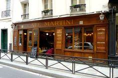 Café Martini : l'apéro comme à Venise Le Café Martini est situé au 11 rue du Pas-de-la-Mule, 75004 Paris. Ouverture du mardi au samedi de 12h à 2h. Cicchetti entre 5 et 14 €. Plats entre 13 et 19 €. Formule le midi entrée + plat ou plat + dessert entre 13 et 15 €.