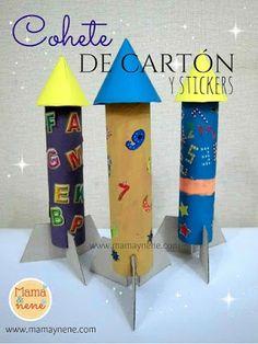 Cohetes de cartón y stickers - manualidades con niños-mamaynene blog