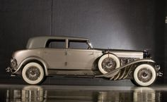 1932 Rollston Duesenberg Model J Torpedo Berline  (recently sold for $ 726,000)