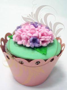 Caketutes Cake Designer: Cupcake Hortênsia - Hydrangea Cupcake