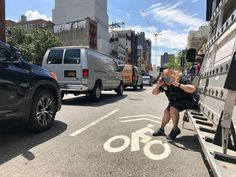 Anything to get the shot! Here Prime Timer Rosanne steps into the street to capture the racing cars coming her way. Participants in the Smartphone Street Photography group spent Wednesday morning on the Bowery documenting the dynamism of lower Manhattan. … Thanks for following #MoMAPrimeTime today as we celebrated the last day of Prime Time Summer Camp for 200 New Yorkers, ages 65+! Learn more about Prime Time activities at mo.ma/primetime (link in bio) #instagramtakeover