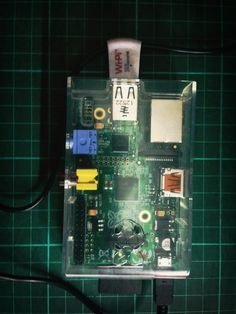 Raspberry Pi with Wifi an iPhone support