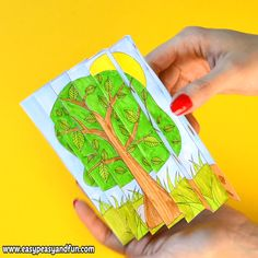 We're back again with another wonderful 4 seasons paper craft for kids to make, we have a wonderful four seasons agamograph template you can print (or use as inspiration to make your own with your kids or students). Craft Four Seasons Agamograph Template Paper Crafts For Kids, Crafts For Kids To Make, Diy Paper, Easter Crafts, Art For Kids, Diy And Crafts, Simple Crafts, Creative Crafts, Yarn Crafts
