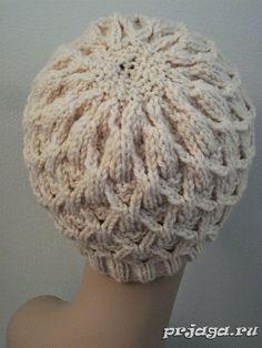 Теплая шапка спицами «Плетенка»