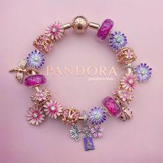 Disney Pandora Bracelet, Pandora Charms Disney, Pandora Bracelets, Pandora Jewelry, Cute Jewelry, Charm Jewelry, Beaded Jewelry, Pandora Gold, Bracelet Designs