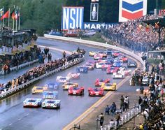 Classic Racing Car - Spa Francorchamps - Starting Time!