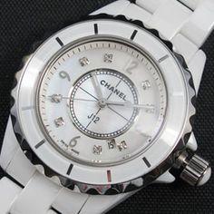 シャネルJ12 クォーツムーブメント [レディース] 製品番号:20120604045447 販売価格: 15000 円 在庫數:      有