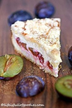 Plum and cinnamon cheesecake with crumble crust - Life Is Full .- Zwetschgen-Zimtkäsekuchen mit Streuselkruste – Life Is Full Of Goodies Plum and cinnamon cheesecake with crumble crust - Cinnamon Cheesecake, Cheesecake Recipes, Dessert Recipes, Cinnamon Desserts, Dessert Blog, Food Cakes, Sweets Cake, Cupcake Cakes, Cup Cakes