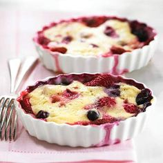 Berry Pudding Cake healthy dessert