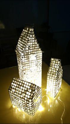Valotaloja pellavapaperista ja metalliverkosta. Joulupajat tulossa :)