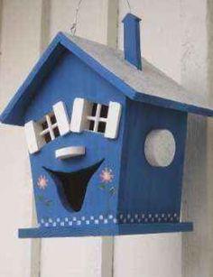 HAPPY BIRD HOUSE