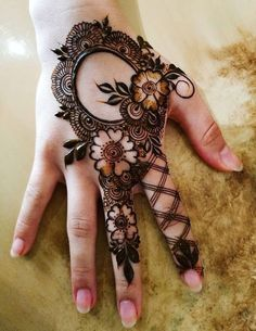 Henna Tattoo Designs Simple, Floral Henna Designs, Mehndi Designs Book, Finger Henna Designs, Full Hand Mehndi Designs, Simple Arabic Mehndi Designs, Mehndi Designs 2018, Mehndi Designs For Beginners, Modern Mehndi Designs