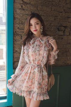 Pep Hem Floral Print Romper in 2020 Korean Fashion Dress, Korean Outfits, Asian Fashion, Girl Fashion, Fashion Dresses, Modest Fashion, Girly Outfits, Dress Outfits, Stylish Dresses