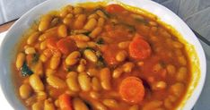 Σπιτικές παραδοσιακές συνταγές, μαγειρικής - ζαχαροπλαστικής, της γιαγιάς. Greek Recipes, My Recipes, Cooking Recipes, Recipies, Legumes Recipe, Recipe Collection, Chana Masala, Soups And Stews, Food And Drink