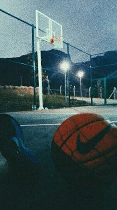 Best Picture For basketball photography For Your Taste You are looking for something, and it is goin Aesthetic Pastel Wallpaper, Aesthetic Backgrounds, Aesthetic Wallpapers, Basketball Art, Basketball Pictures, Basketball Tumblr, Basketball Funny, Nba Pictures, Cool Pictures