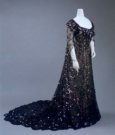 Sequined silk evening dress at the Met, 1902