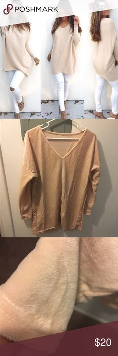 Pullover loose sweater Pretty beige creamy color sweater. Long sleeves, not stretchy, nice material, ask exact measurements if interested Tops Tees - Long Sleeve