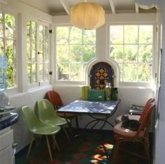 I love this sunroom