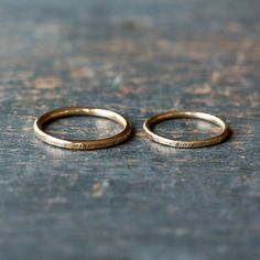 His and Hers Wedding Band Set Two Gold Bands 14k von ShopClementine