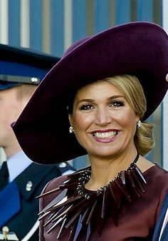 Maxima Dutch Queen, Royal Queen, Dutch Royalty, Casa Real, Charlotte Casiraghi, Queen Maxima, Royal Style, Royal Fashion, Hats For Women