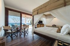 Villa Voyage, Nusa Lembongan, Bali | architecture by Reynaldo ZAPP from ZAPPdesign Studio | interiors by Anneke van Waesberghe
