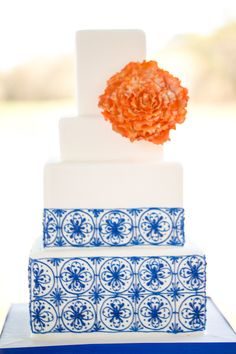 Spanish tile inspired cake #spanish #wedding #cake