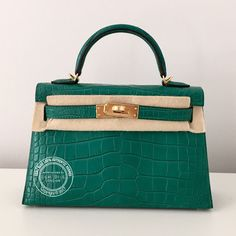 b7ba9ac62f Hermes Kelly 20cm Malachite Matte Alligator GHW