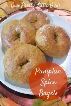 Pumpkin Spice Bagel {Recipe}