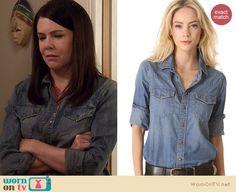 Sarah's denim shirt on Parenthood. Outfit Details: http://wornontv.net/21227 #Parenthood #NBC